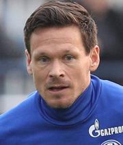 Verlängert Riether noch einmal auf Schalke?