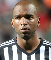Babel wechselt zum FC Fulham