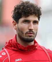 Per Option: Kaufmann bleibt in Würzburg