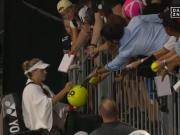 Zwei Matchbälle abgewehrt: Kerber ringt Safarova nieder