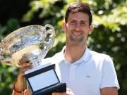 Rekordsieger - Djokovic in gewohnter Siegerpose