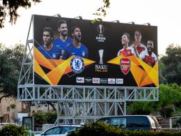 Leere Plätze in Baku: UEFA verärgert Fans doppelt