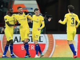 Dreierpack Giroud: Chelsea souverän im Viertelfinale