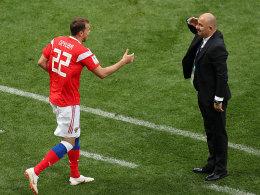 Cherchesov tanzt, salutiert - und ordnet ein