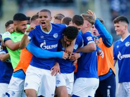 90.+4! Biskup rettet Schalke Remis im Derby