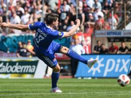 Müller kontert Dahmanis Volley-Hammer