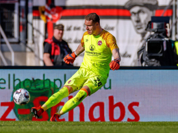 Mathenia vor VfB: