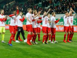 4:0 in Fürth: Köln steigt als Zweitliga-Meister auf