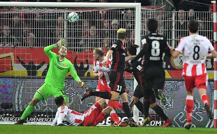 Dresdner Nachholbedarf - St. Pauli: