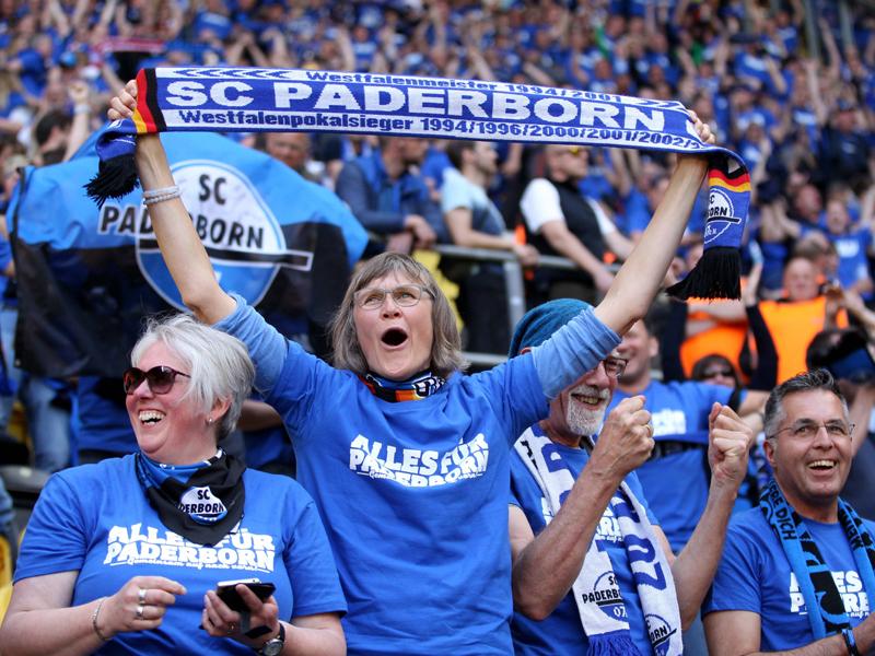 Unglaublich! So emotional feiert Paderborn den Aufstieg