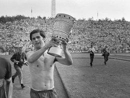 Gerd Müller wird auf dem Walk of Fame verewigt