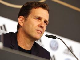 Bierhoff verteidigt Strategie - Brandt hat Zweifel an