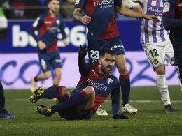 Huesca: Schalker Leihgabe Insua erleidet Kreuzbandriss