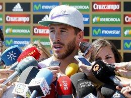 Sergio Ramos interviewt sich selbst
