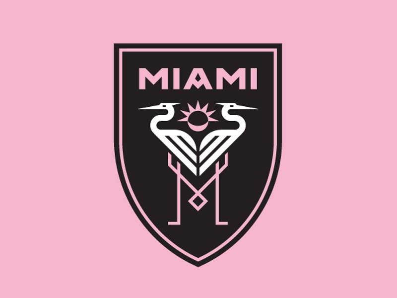 54a562f2dc6 Club Internacional de Futbol Miami. Inter Miami  Das Wappen zeigt zwei  Reiher und sieben Sonnenstrahlen als Hommage an Beckham.