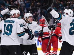 Sharks wieder bissig - Blackhawks in der Krise