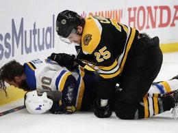 4:2 nach 0:2: Furioses Bruins-Comeback in Spiel eins