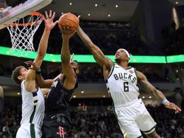 Bucks gewinnen Topspiel gegen Houston - Wade wird geehrt