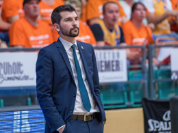 Bedienter Brose-Coach Perego übt Selbstkritik