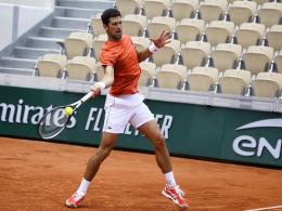 Djokovic zerstört Bodenplatte - und bittet um Verzeihung