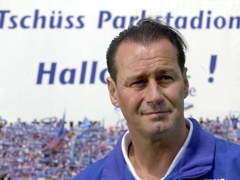 Zum dritten Mal Schalke: Die Karriere des Huub Stevens