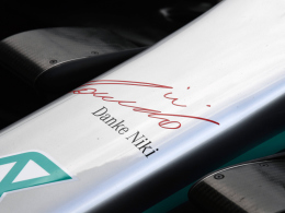 Hamilton mit erster Bestzeit in Monaco - Teams gedenken Laudas
